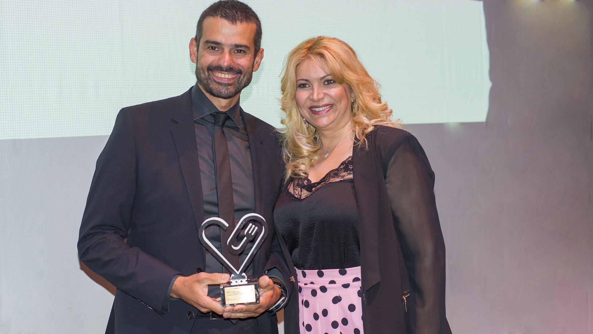Enrique Sánchez Premio A La Mejor Trayectoria Como Presentador De Programas De Salud Saludfestival